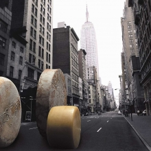 rolling-cheese-on-broadway